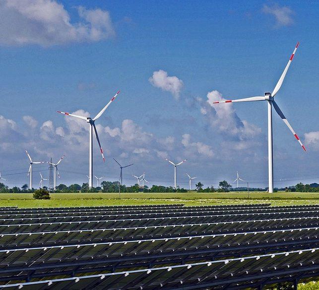 Eerste hybride energiepark van Europa bij Haringvliet