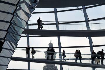 Nederland gaat TenneT mogelijk delen met Duitsland
