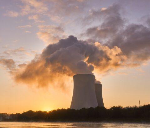 Kernenergie niet duurder dan wind/zon